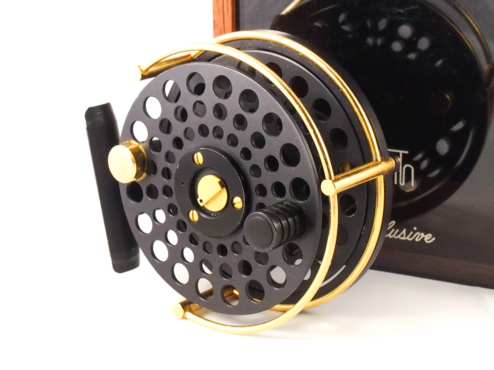 rare ari t hart exclusive �gold plated� 3 12� trout fly