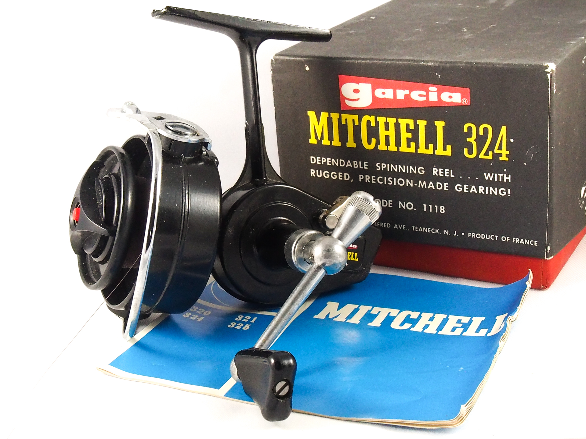 BOXED GARCIA MITCHELL 324 FIXED SPOOL REEL