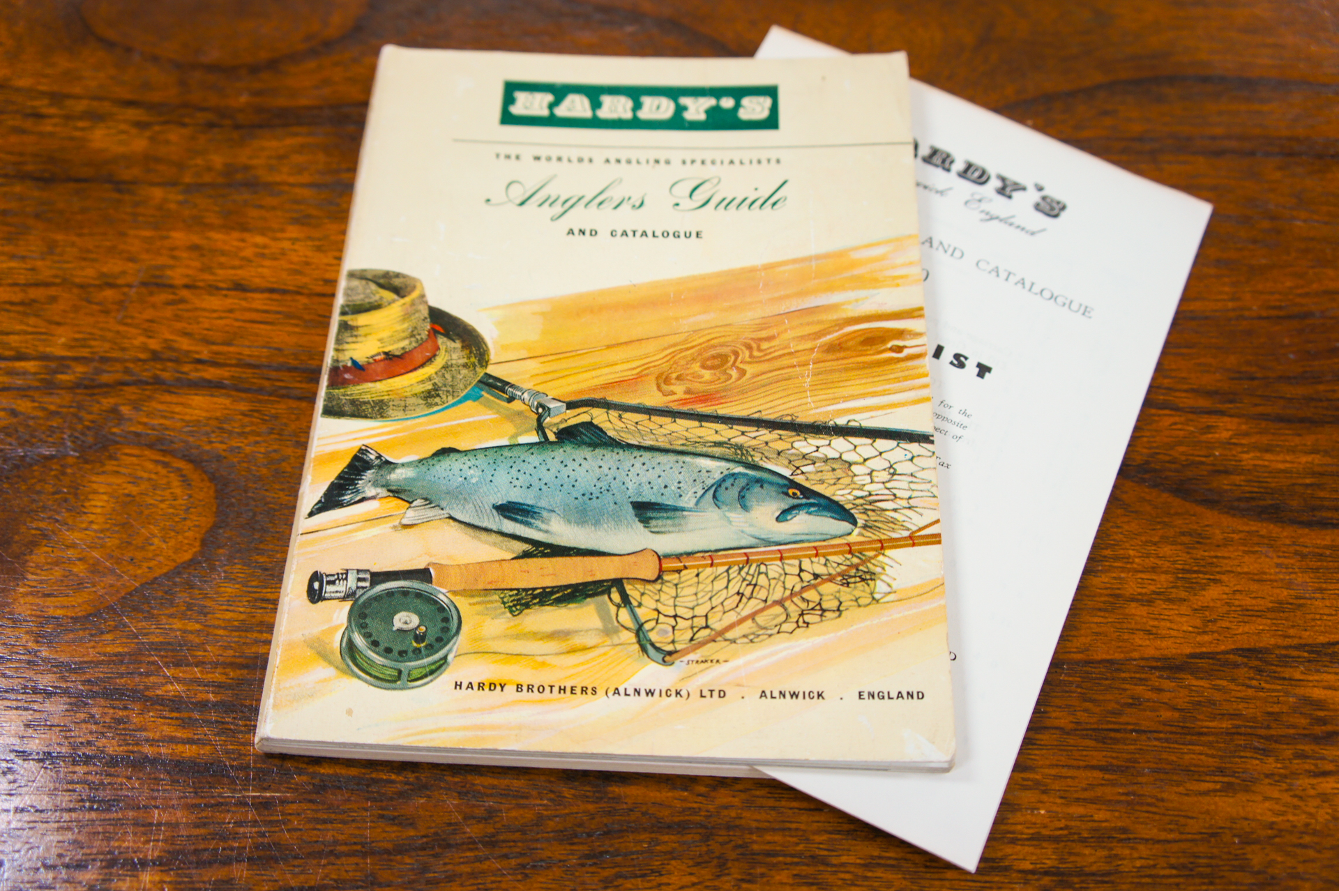 Hardy angler s guide catalogue 1960 price list for Antique fishing reels price guide