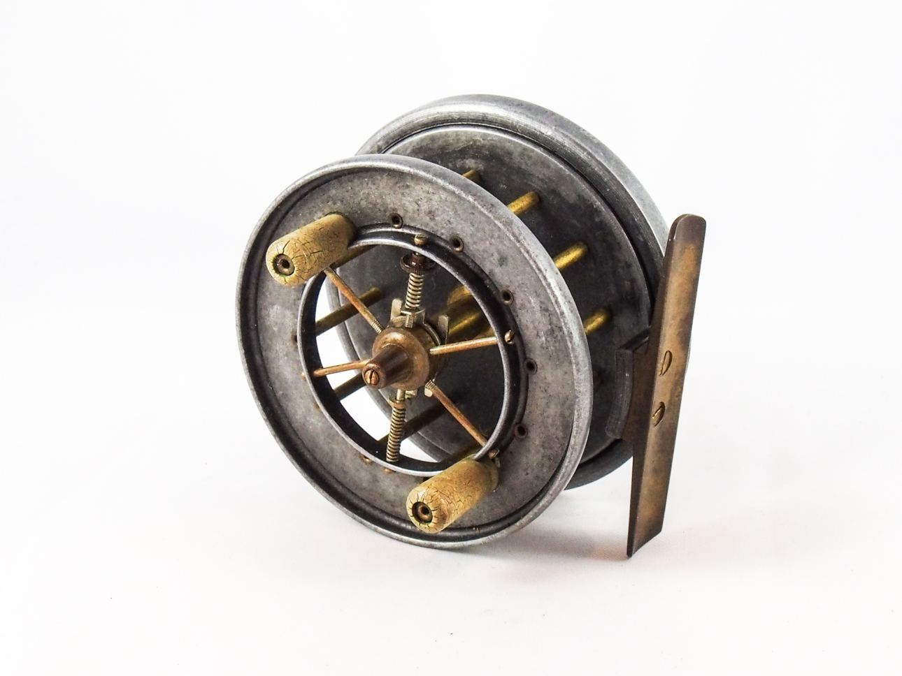 Rare 3 allcock aerial popular centre pin reel vintage for Vintage fishing tackle
