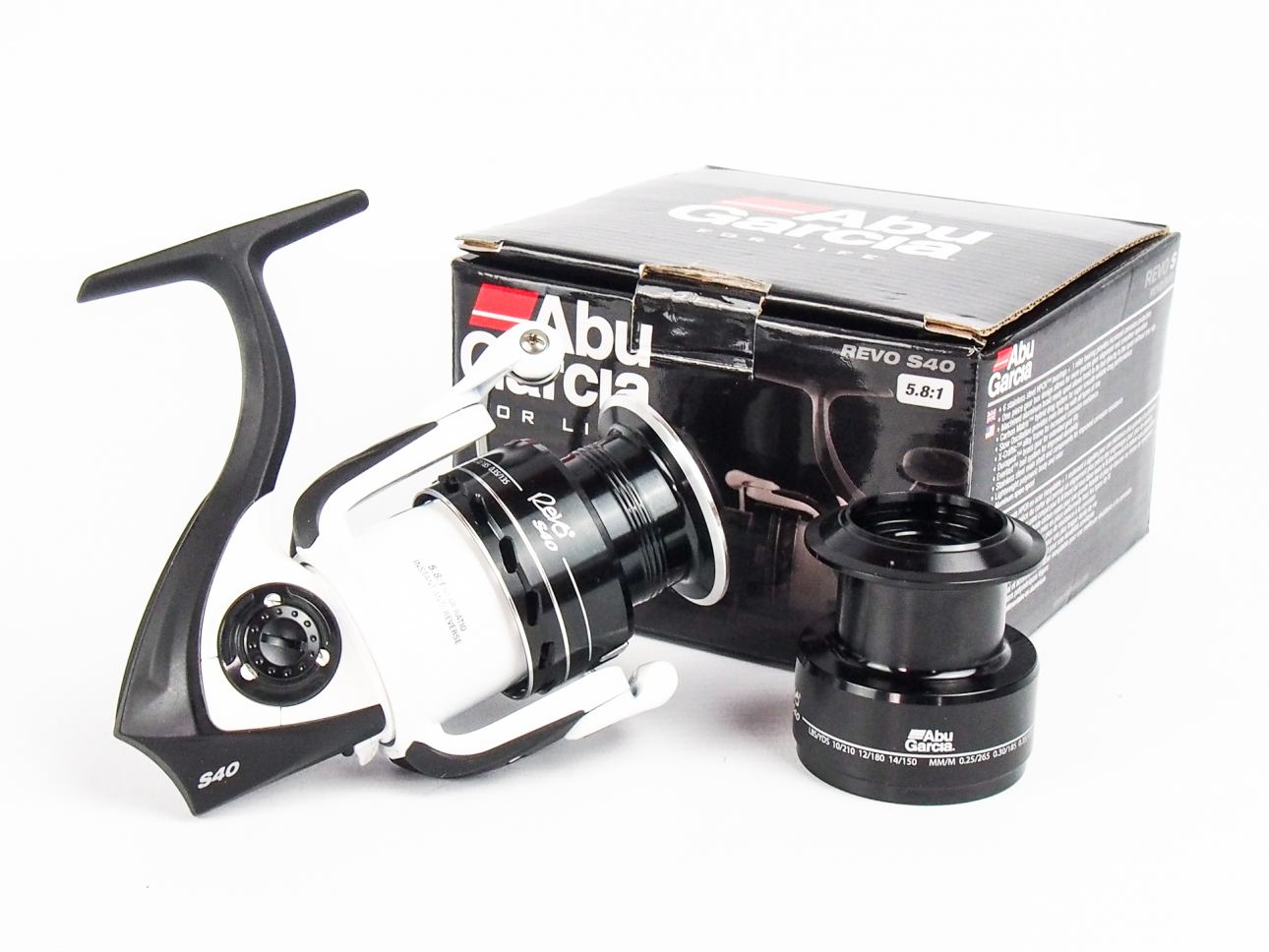 NEW IN BOX ABU GARCIA REVO S40 FIXED SPOOL SPINNING REEL | Vintage